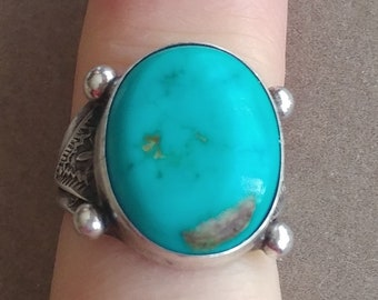 Turquoise and Silver Ring, Southwestern Native American style, Size 5