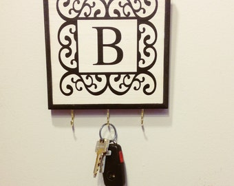 Single Initial Monogram Key Holder/ Plaque. Personalized Monogram Initial Wall Decor. Great Gift Idea. Personalized Gift. Wedding Gift.
