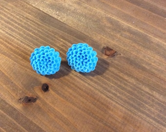 Bright blue flower earrings