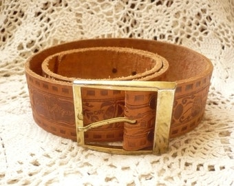 1970's Vintage Tooled Leather Belt From Costa Rica, Bohemian Waist Belt Size M/L