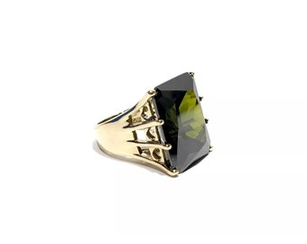 Green Peridot Gold Tone Sterling Silver Statement Ring