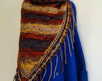 Boho Shawl fringe knitted brown warm