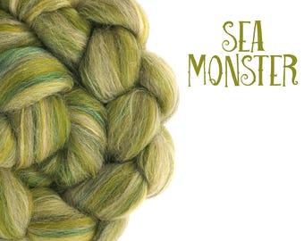 Blended top - Baby Alpaca - 23 micron merino - Olive - Moss green - Tussah silk - Mulberry silk - 100g - 3.5oz - SEA MONSTER