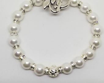 White Elegance Pearl Bracelet