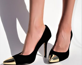 Vtg 80's Black Suede Heels With Pointed Metallic Gold Cap Toe \\ Vintage Bombshell Glam Pumps \\