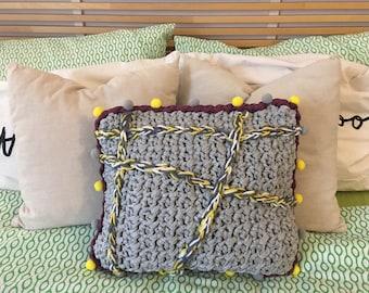 Folk Pillow Tricot