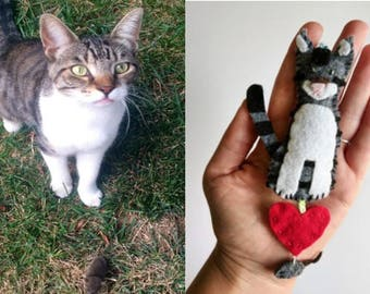Personalized Stuffed Cat Ornament with Heart/ Customized Cat Plush Ornament with Heart