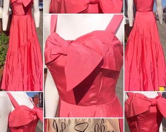 SALE****Gorgeous Original Late 1940s John Shelby Pink Evening Gown with Super Cute Bow Detail!
