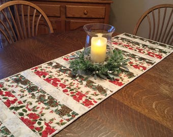 Quilted table runner, Christmas table runner, holiday table runner, country christmas table, runner, table runner, quilted runner