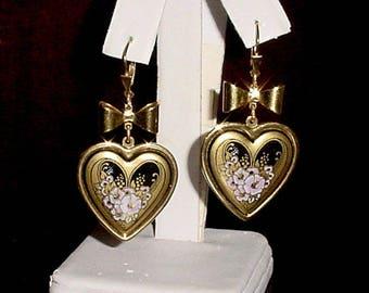 Vintage Stunning pair of Floral Heart Michaela Frey leverback pierced Leaver Back Earrings.