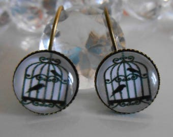 """""""Bird cage"""" Stud Earrings black and white glass cabochon"""
