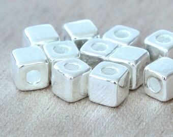 10 Pcs Mykonos Ceramic Beads, Silver Plated, 7mm Cube - eM07SS