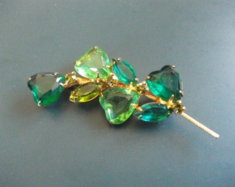 Vintage Green Glass Rhinestone Hearts Brooch Pin