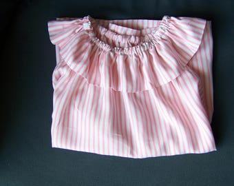 Frill collar sleeveless top
