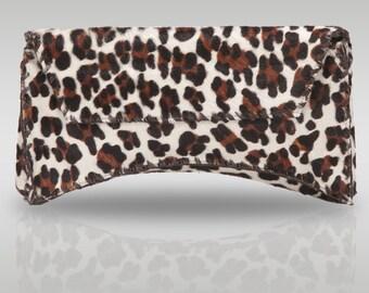 Bella Clutch in Big Leopard