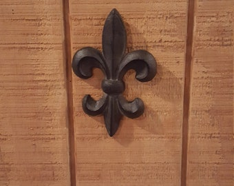 Fleur de Lis Wall Decor / Cast Iron Fleur de Lis / Wall Hanging / French Wall Decor / Rustic Wall Decor / Fleur Dis Lis / Wall Decor