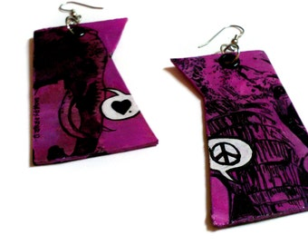 Love & Peace - Valentine Hot Pink Elephant silver earrings - hand-painted - radiant orchid