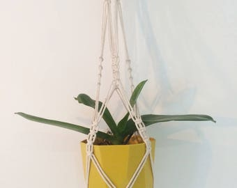 Charming suspension macramee hand-made in off-white cotton