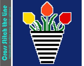 Retro cross stitch pattern of tulips in a vase. Contemporary design perfect for kitchen decor. Modern embroidery chart.