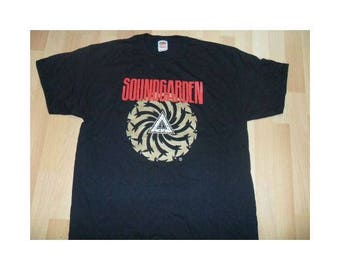 SOUNDGARDEN 'Badmotorfinger' Bad Motor Finger vintage t shirt.  Size XL,  black, unused.