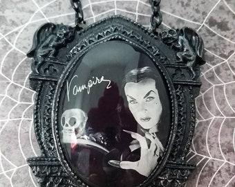 Vampira set in a gargoyle setting Pendant