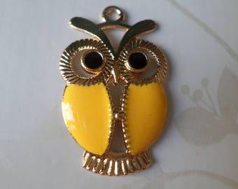 x 1 yellow metal enamel OWL pendant/charm gold plated 34 x 21.5 mm