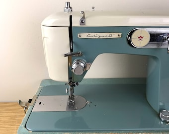 Vintage Wizard Turquoise Blue Portable Sewing Machine With Case & Foot Pedal