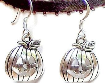 Pumpkin Earrings / Autumn Earrings / Silver Pumpkin Earrings / Halloween Pumpkin Earrings