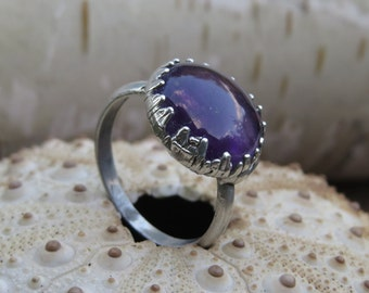 Amethyst ring | Amethyst cabochon ring | Amethyst silver plated ring | Amethyst electroformed ring