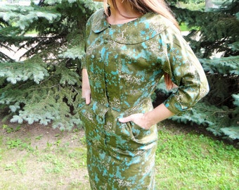 1950's Vintage Super Cute Go Get 'Em Green Wiggle dress
