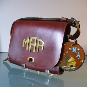 Vintage The Villager Thom Hird Leather Purse