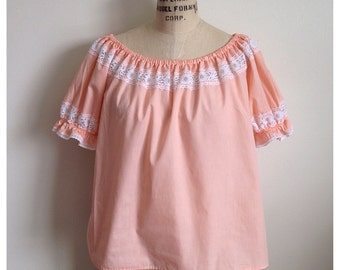 Vintage peach and white lace PEASANT top