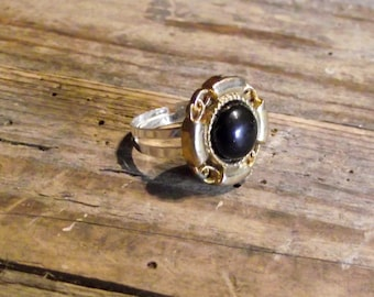Ring adjustable gold vintage black cabochon Adjustable ring vintage button black golden button