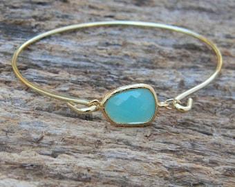 Gold Bangle Bracelet / Aqua Blue Bracelet / Bridesmaid Gift / Bridesmaid Jewelry / Bridesmaid Bracelet / Christmas Gift / Black Friday