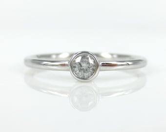 0.10ct Solitaire Diamond Bezel-Set 14k White gold Engagement  Ring
