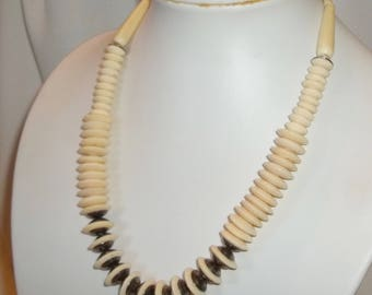 "Chunky, Saucer-Shape Vintage Bead Necklace - 20"", Bone Color & Metal Disks, 1335"