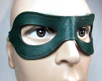 Green Arrow Mask / Leather Mask / Oliver Queen / Arrow Mask / Arrow Costume / Arrow Cosplay / Hero mask / Superhero Mask / Costume / Mask