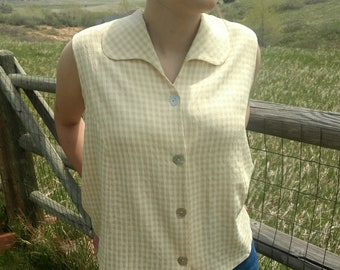 Sleeveless Vest Top Gingham Check Cream Tan Yellow Mother of Pearl Buttons Made in USA Size Large Vintage Women's Vest top