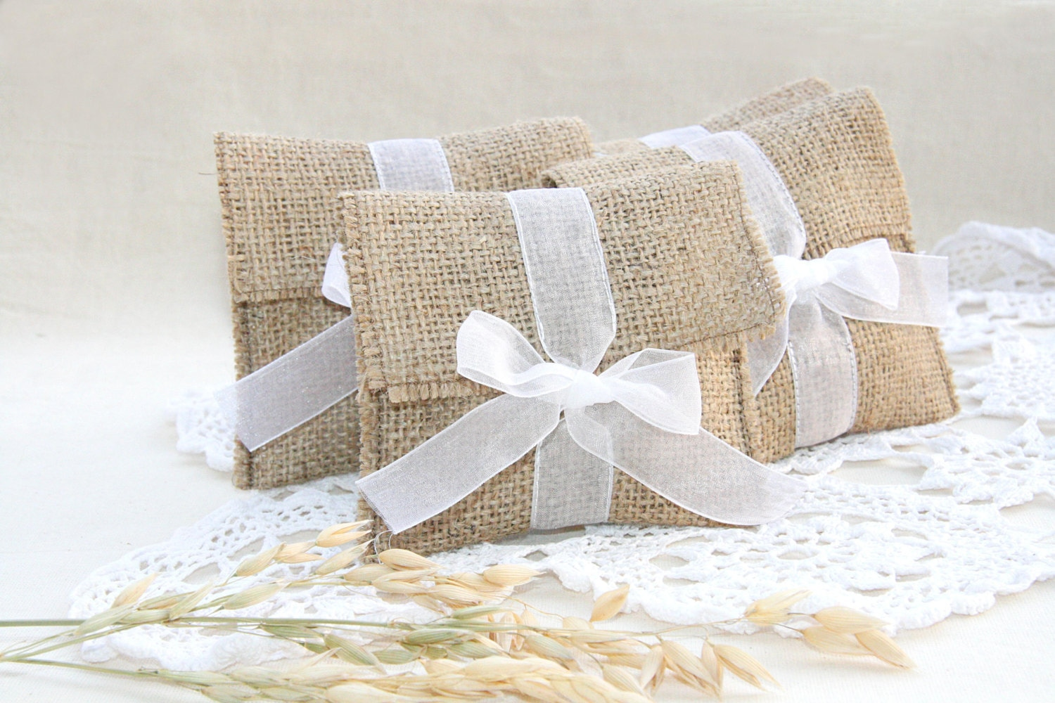 SET OF 250 Burlap favor bags medium size