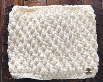 CLEARANCE Cream Felicty Fleece Cowl