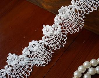 "1.38"" Wide Off White Venise Lace Trim, Pretty Flower Venice Lace Trim, Scalloped Lace Trim For Bridal, Wedding, Headband, Sewing, SL018"