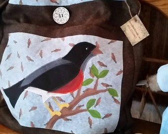 Wool shoulder bag with Robin applique