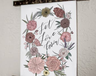 Let Love Grow hanging wall decor