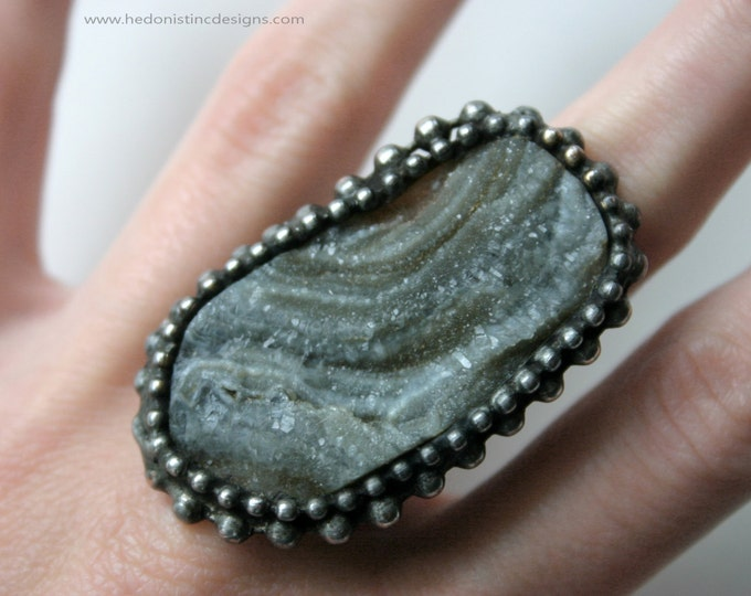 Large Brazilian Druzy Ring // Stone Geode Cocktail Statement Ring // Galaxy Quartz Druzy Ring
