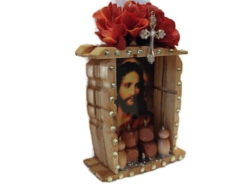 Wood Mexican Nicho, Jesus Picture, Mexican Jesus Nicho, Mexican Folk Art, Mexican Nicho, Christian Art, Mexican Kitsch, Catholic Kitsch