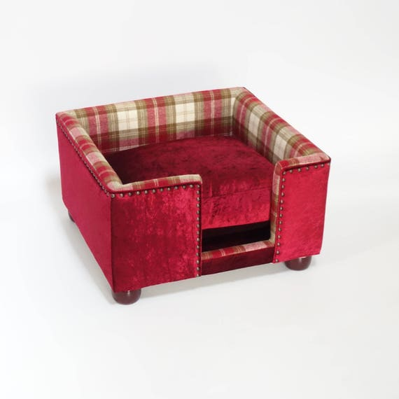 a hand made luxury dog bed by the fabulous dog bed company. Black Bedroom Furniture Sets. Home Design Ideas