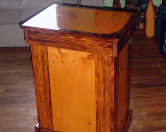 Wooden garbage can cover