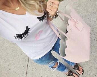 Eyelashes & Lips © Women's Graphic Tee | V-Neck Tee | Beauty | Make-Up | Gift | BFF | Best Friend | Eyelashes Shirt | Lashes Shirt