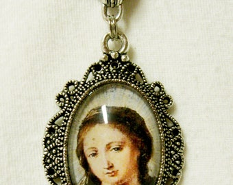 Virgin Mary pendant with chain - AP04-220