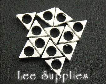 10pcs Rhodium Alloy Triangle Spacer Beads Charms Pendant A1212